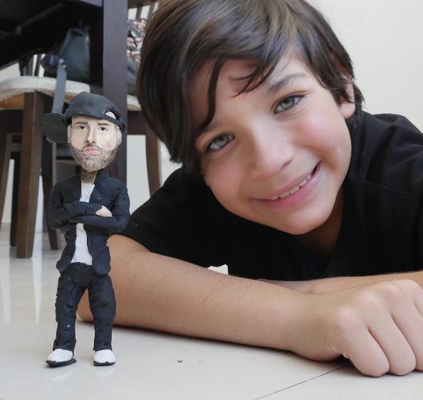 """Josué Benjamín el niño venezolano escultor más joven de Latinoamérica – la Venezuela en positivo: """"Cree en ti y todo será posible"""