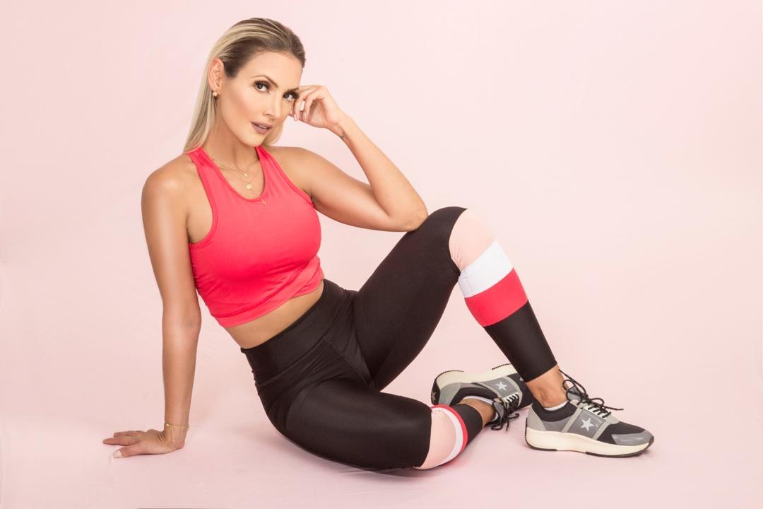 Acero by Auri Castillo llega a la puerta de tu casa, ropa deportiva que combina comodidad y estilo