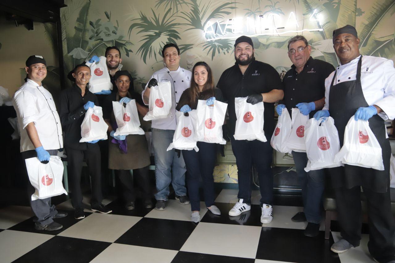 «Avenida 4» celebra su tercer aniversario honrando al personal médico que hace frente al Coronavirus en Maracaibo