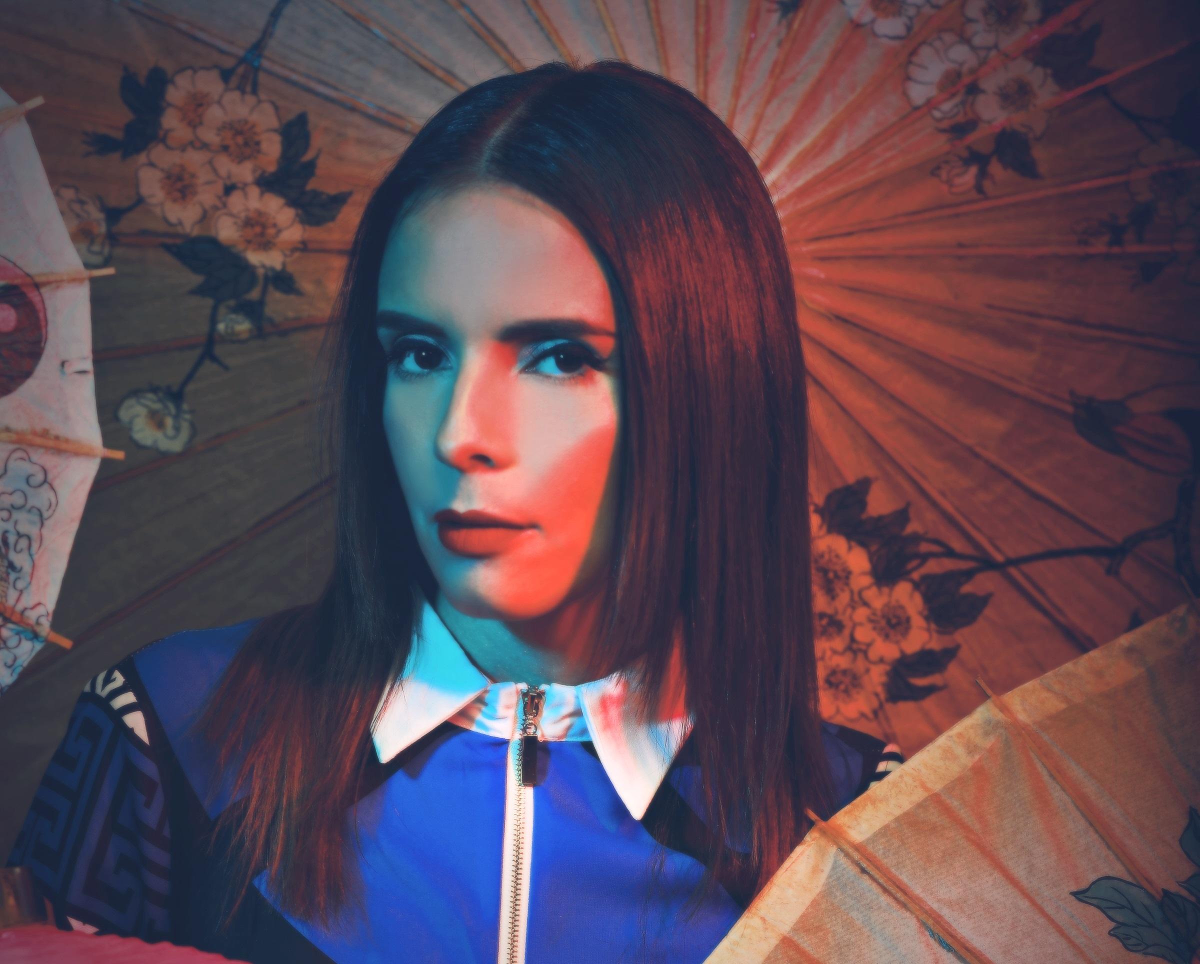 """Irazú se impone con la suite de música pop """"De Otra Dimensión"""""""