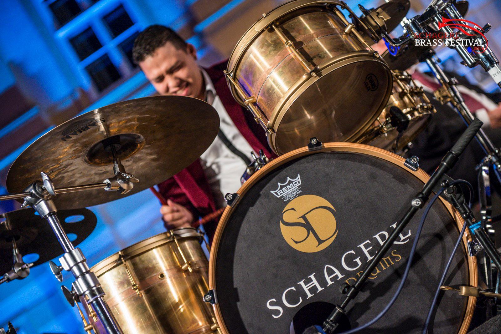 El baterista y percusionista Miguel Pagua debuta como compositor  y prepara su primer disco solista