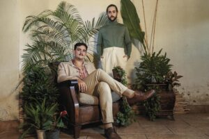 Anakena cuenta la historia de un desamor caribeño con «Carita Triste», primer sencillo de su segundo álbum