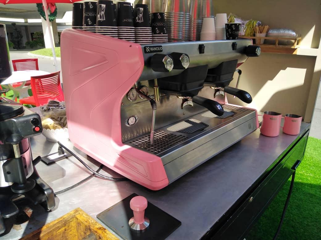 Con una propuesta de seis colores, Grupo Giorgio ofrece máquinas de café espresso customizadas
