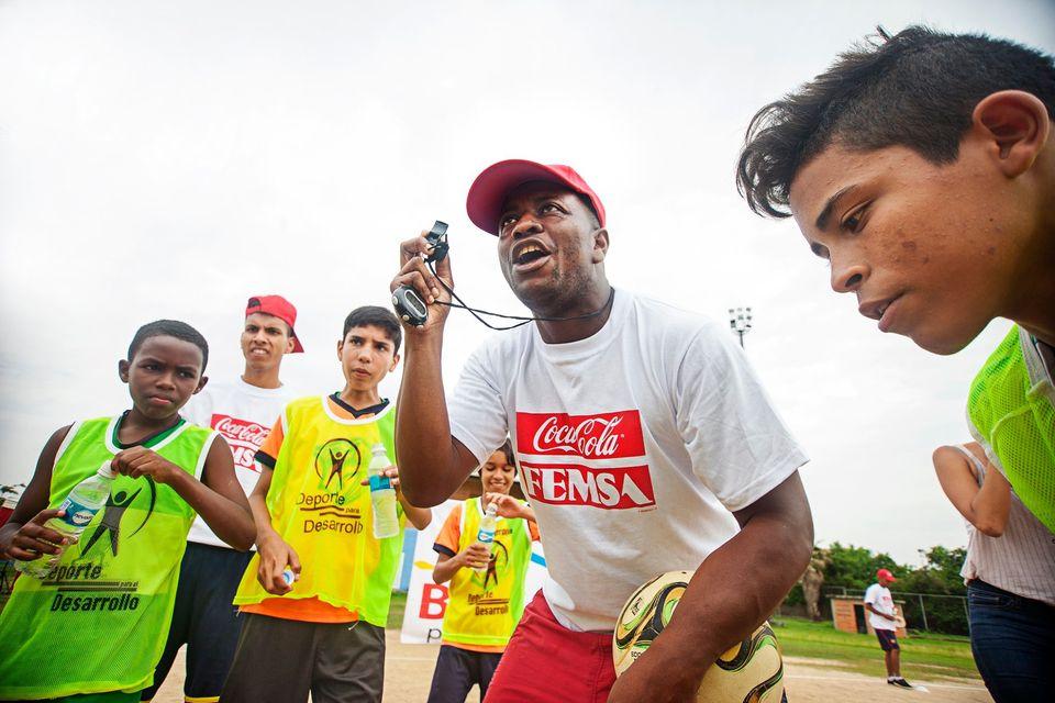 Red de Entrenadores Comunitarios Coca-Cola FEMSA acompañará a los venezolanos en el mundo