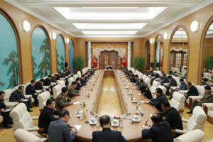Kim Jong Un preside XXI reunión ampliada del BP del VII Período del CC del PTC