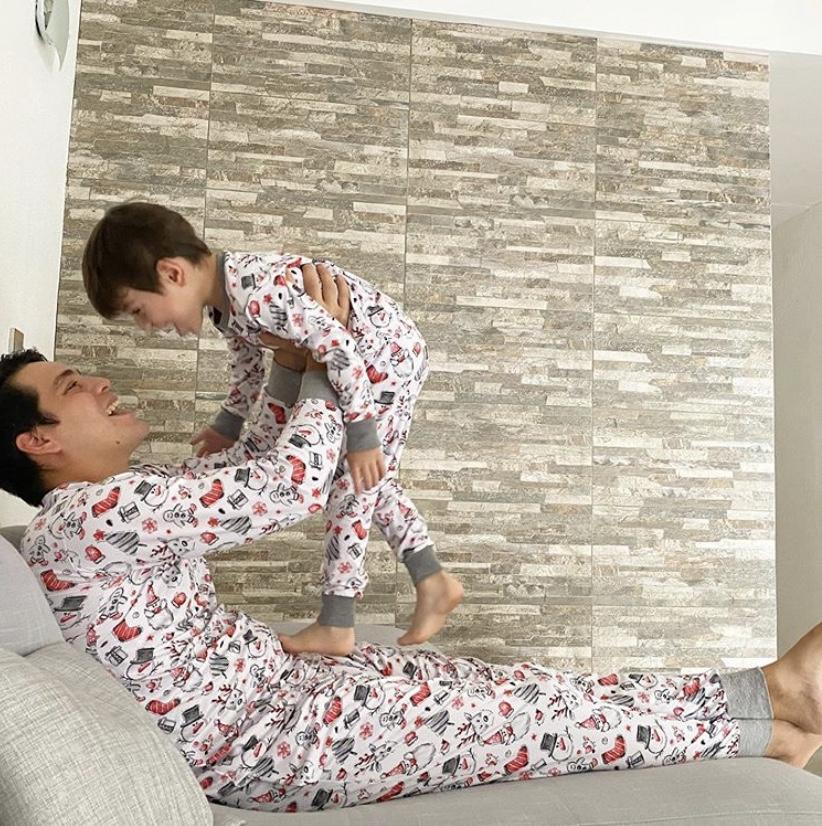 Color y alegría propone Órale Kids en su colección de pijamas Navidad 2020