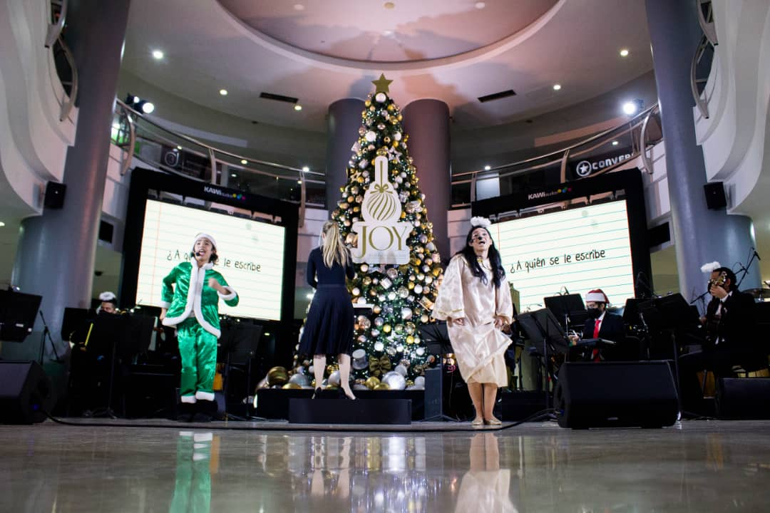 La magia de la Navidad llegó a tolón FASHION MALL
