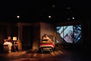 """""""LAS DELICADAS LÁGRIMAS DE LA LUNA MENGUANTE""""   Water People Theater: un aporte en la defensa de los    Derechos Humanos de los periodistas"""