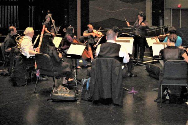 Con un concierto y una exposición de arte el Newartmusik inicia temporada