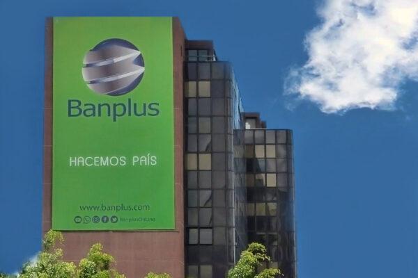 Banplus celebra 14 años haciendo país