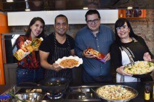 Ronco y Vatel reunieron a  Carmen Montelongo y Damián Boada  en »Cocinando a 4 manos»