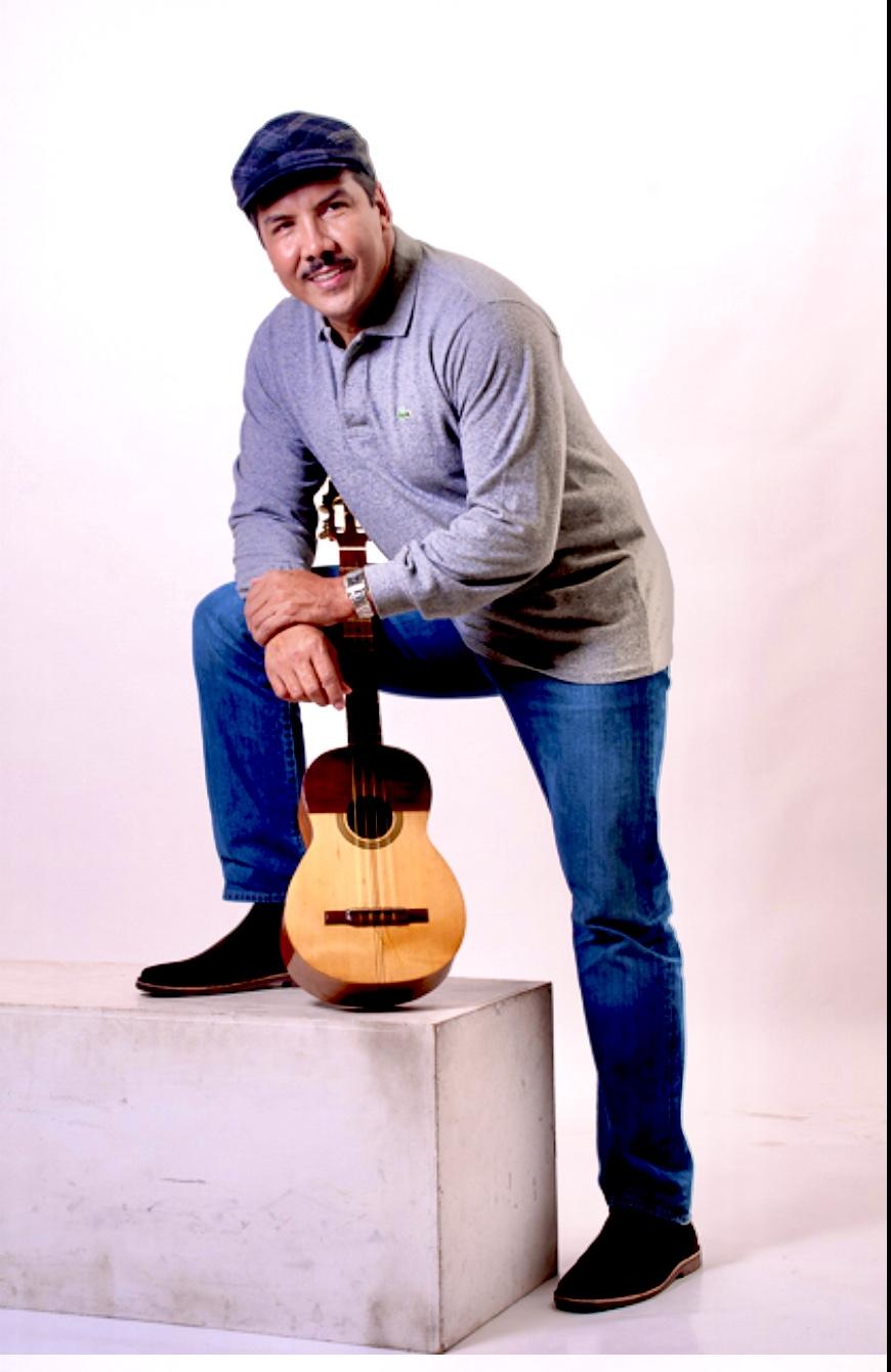 El cantautor llanero «Iván José» llega con su tema »Tempranito»