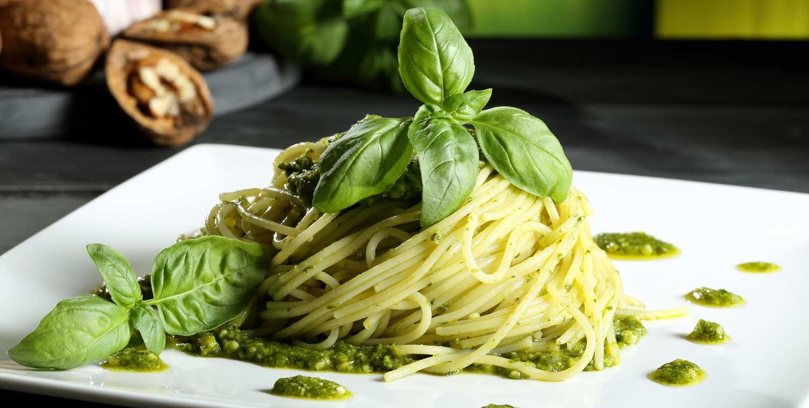 A la italiana, prepara una deliciosa pasta al pesto