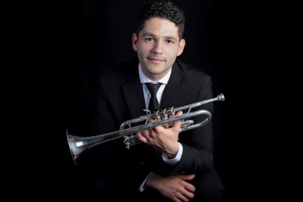 El trompetista Brayahan Cesin ingresa a la Orquesta Sinfónica Nacional de Lille
