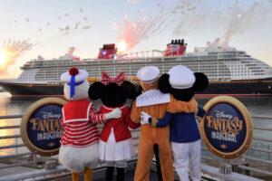 Disney Cruise suspendió sus viajes hasta junio en EEUU