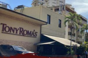 Tony Romas te espera con sus promociones y  delicioso sabor de siempre.
