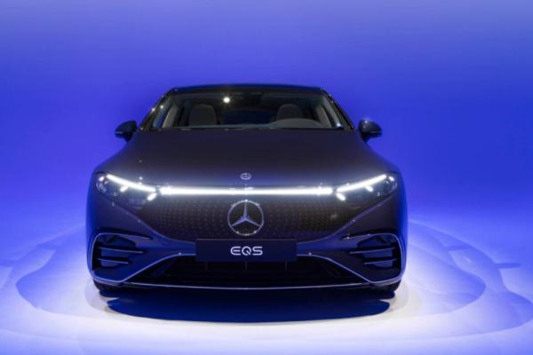 Toda la tecnología incorporada en el Mercedes-Benz EQS 2022