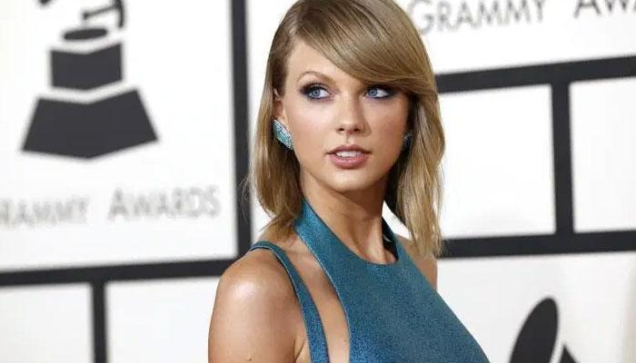 Taylor Swift muy feliz con el éxito en ventas de su vinilo EVERMORE