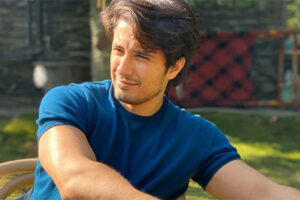 Ali Zafar comparte una sentida nota para el «viejo amigo» Farhad Humayun