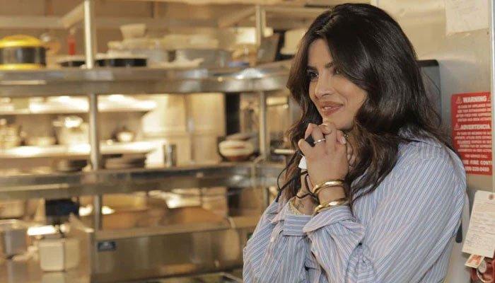 Priyanka Chopra vive la experiencia de »Sona» , su restaurante de Nueva York