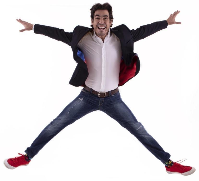 Luis Gerónimo Abreu vuelve a los escenarios con su exitoso unipersonal: Camas