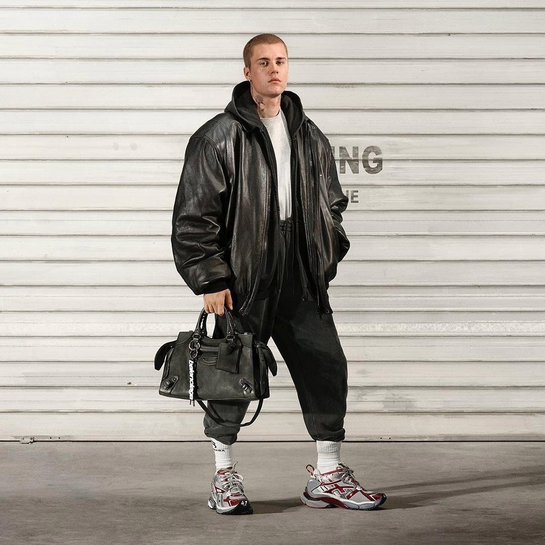 Justin Bieber modela para la nueva campaña de Balenciaga
