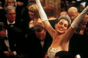 Anne Hathaway hace un viaje por el camino de los recuerdos cuando «Princess Diaries» cumple 20 años