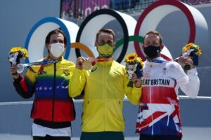 Venezolano Daniel Dhers logra la plata en el debut olímpico del BMX Freestyle