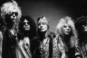 Guns N 'Roses presenta» November Rain «