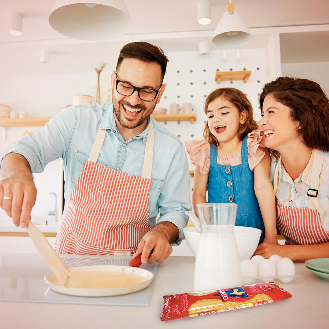Disfruta de un gran momento en familia con la preparación de panquecas de pasta Galo