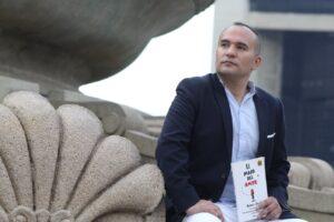 PanHouse promueve concurso literario