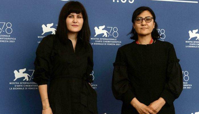 Mujeres cineastas afganas advierten sobre caída de la industria cinematográfica en medio del régimen talibán
