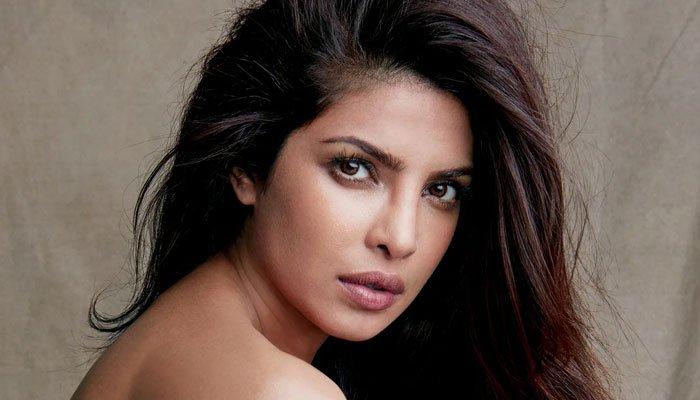 Priyanka Chopra anuncia la fecha de lanzamiento del tráiler de 'Matrix 4'