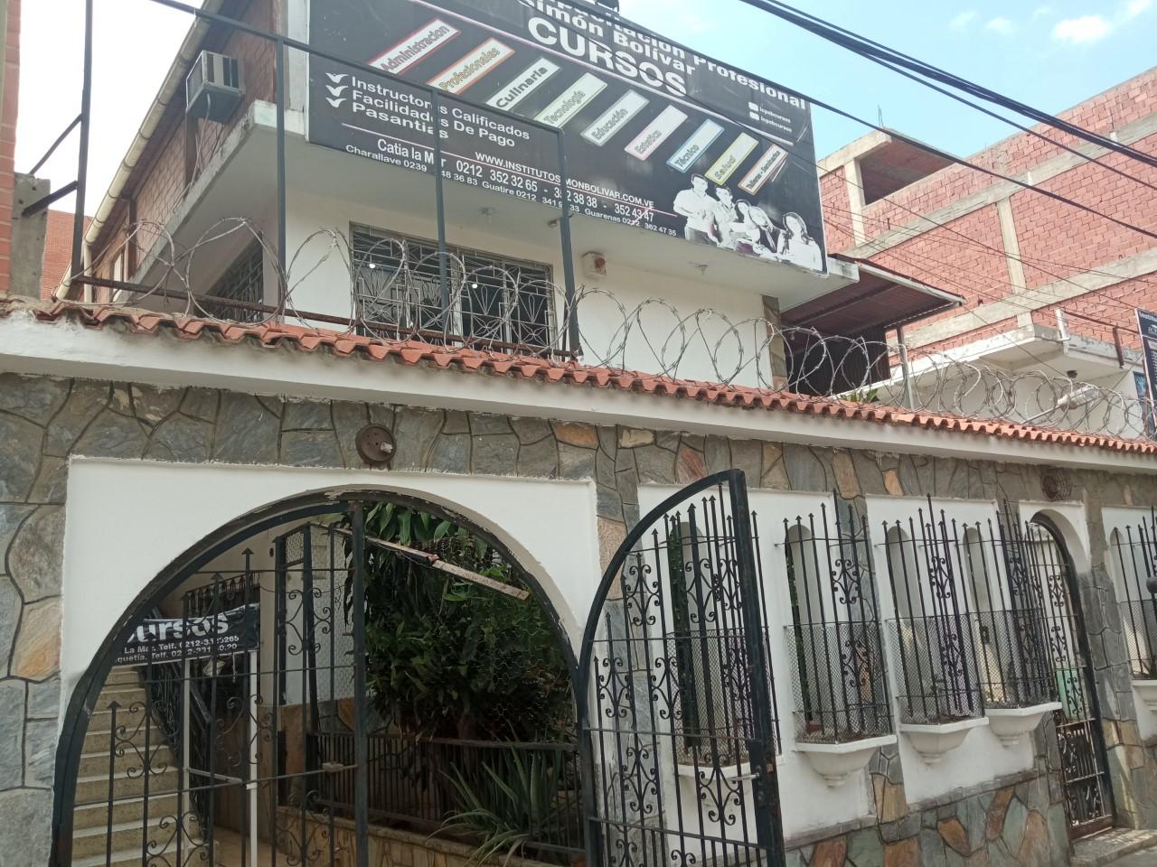 Instituto Simón Bolívar capacita emprendedores de calidad