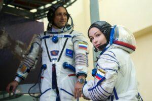 La actriz rusa Yulia Peresild  dice «demasiado tarde» para temer el lanzamiento de ISS