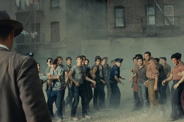 """Steven Spielberg presenta nuevo tráiler, nuevo afiche  e imágenes inéditas de """"Amor sin Barreras"""",  su más reciente película"""