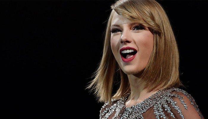 Taylor Swift agradece a sus fans por el apoyo  su álbum»Folklore»